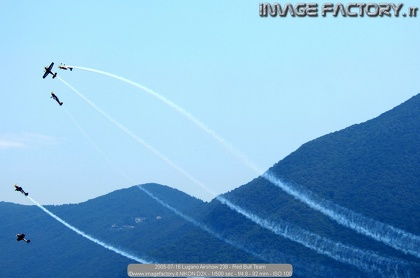 2005-07-16 Lugano Airshow 238 - Red Bull Team
