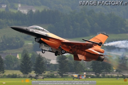 2009-06-27 Zeltweg Airpower 0348 General Dynamics F-16 Fighting Falcon - Dutch Air Force