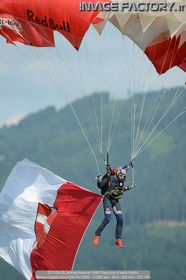 2013-06-29 Zeltweg Airpower 0464 Flag jump of parachutists